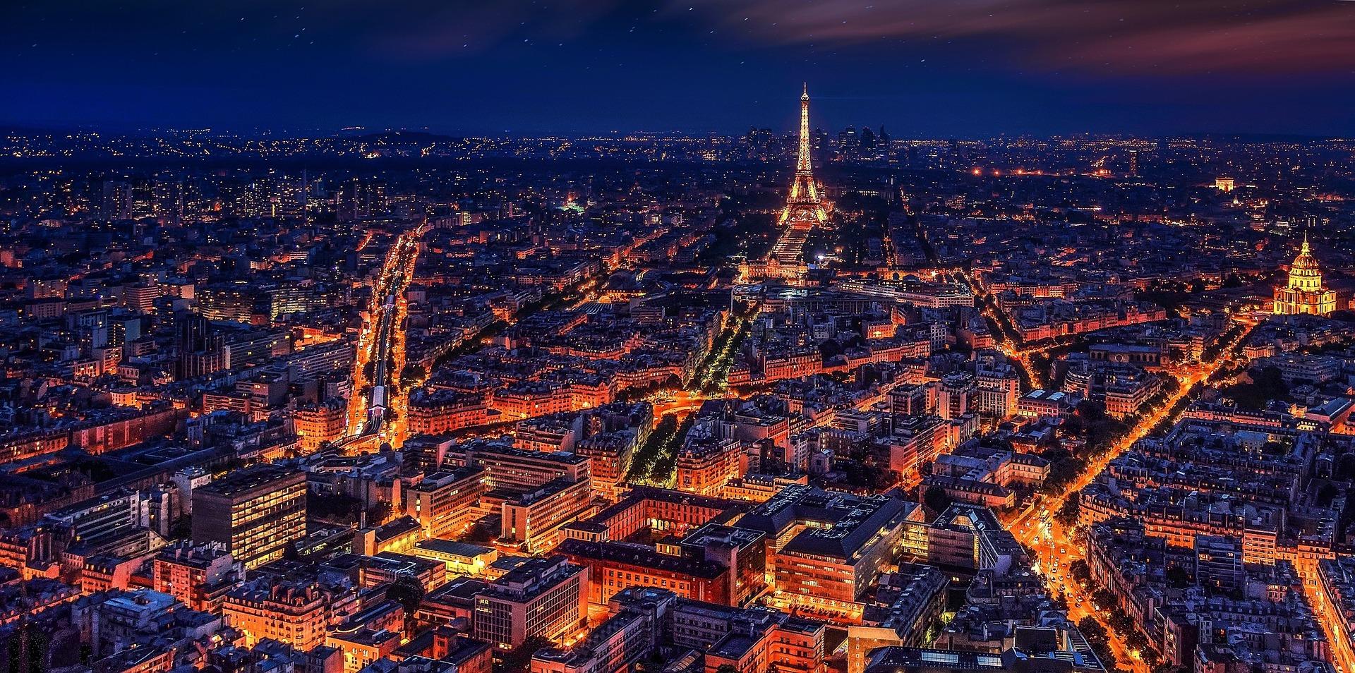 Francia de cabo a rabo y sobre las vías